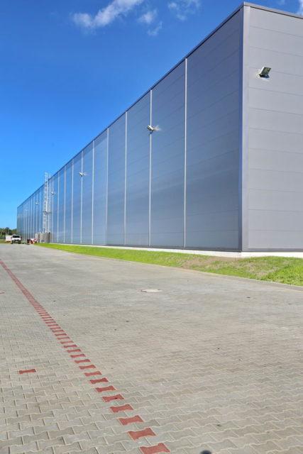 realizacje-roboty-ziemne-specbruk-centrum-logistyczne-goodman-gdansk-16_resize-427x640