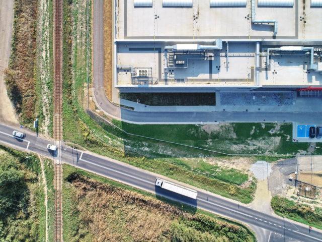 roboty-ziemne-fabryka-gates-legnica_03-640x480