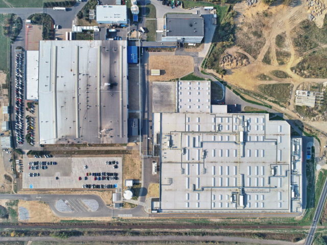 roboty-ziemne-fabryka-gates-legnica_05-640x480