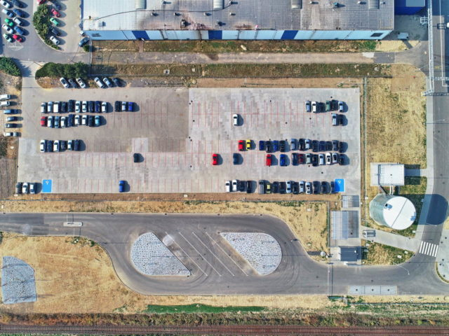 roboty-ziemne-fabryka-gates-legnica_08-640x480