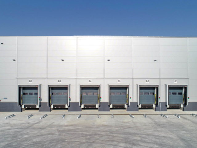 roboty-ziemne-fabryka-gates-legnica_14-640x480
