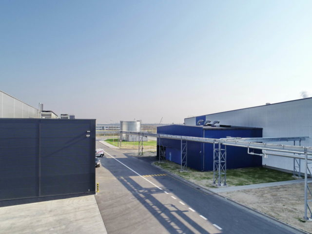 roboty-ziemne-fabryka-gates-legnica_17-640x480