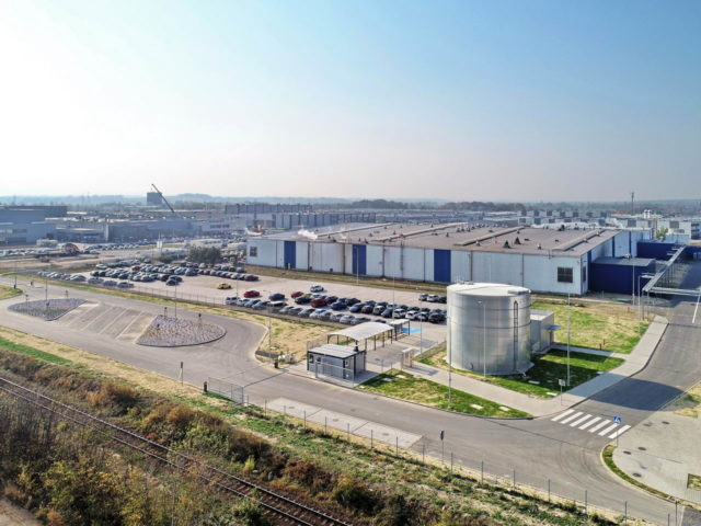 roboty-ziemne-fabryka-gates-legnica_25-640x480