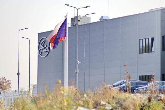 roboty-ziemne-fabryka-gates-legnica_28-640x427