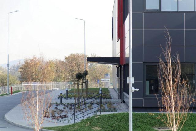 roboty-ziemne-fabryka-gates-legnica_31-640x427
