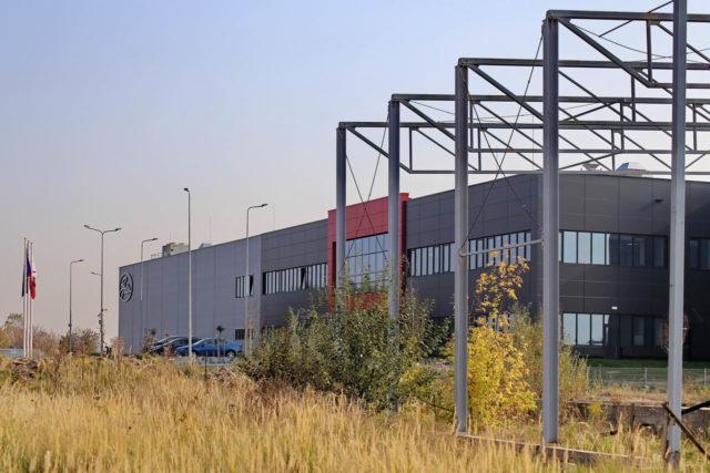 roboty-ziemne-fabryka-gates-legnica_38-640x427