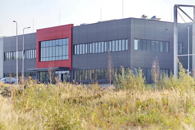 roboty-ziemne-fabryka-gates-legnica_27-640x427