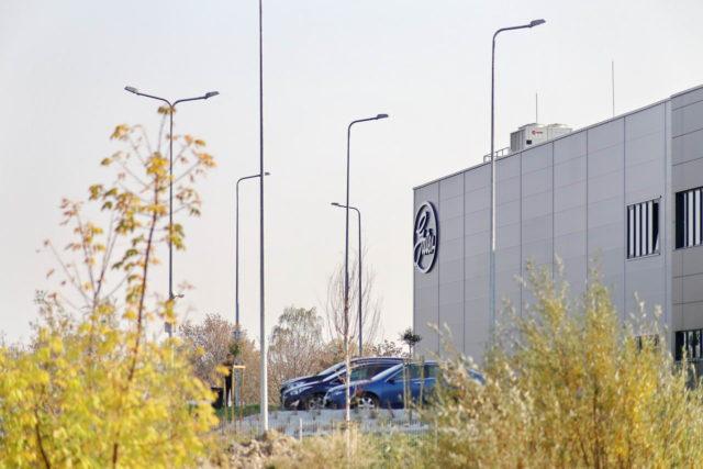 roboty-ziemne-fabryka-gates-legnica_29-640x427