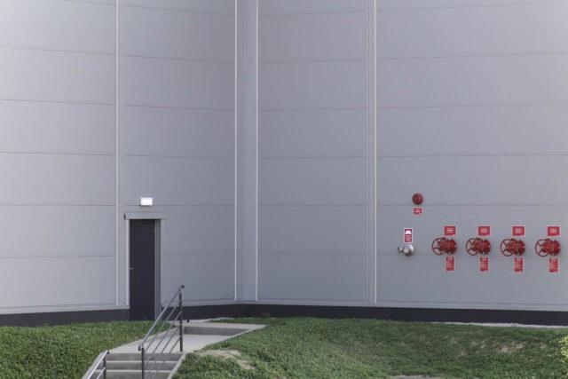 roboty-ziemne-fabryka-gates-legnica_30-640x427