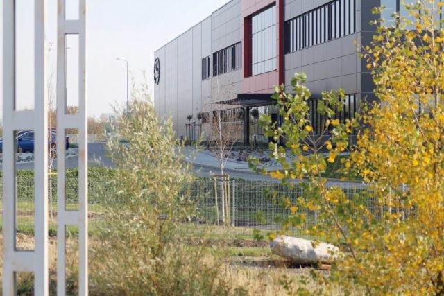 roboty-ziemne-fabryka-gates-legnica_37-640x427