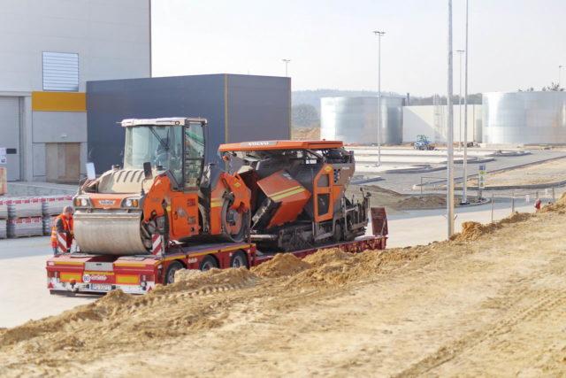 roboty-ziemne-i-drogowe-boleslawiec-hala-logistyczna-amazon_32-640x427
