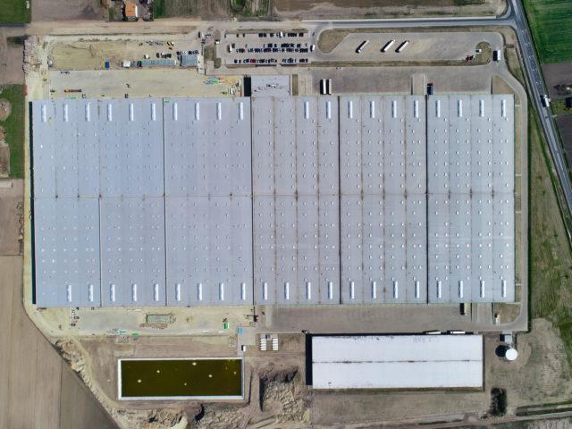 piatek-centrum-logistyczne-ziemne-drogowe-ukladanie-kostki_specbruk_03-640x480