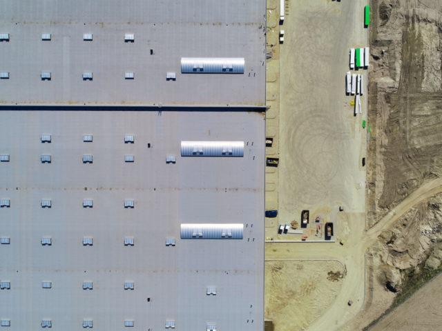 piatek-centrum-logistyczne-ziemne-drogowe-ukladanie-kostki_specbruk_05-640x480