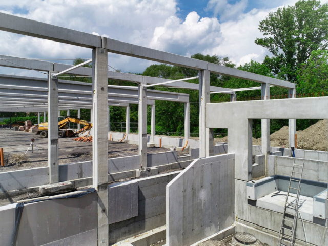 roboty-ziemne-budowa-obiektu-handlowego_bielsko-sobieskiego_04-1-640x480