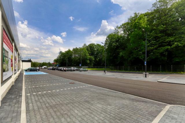 roboty-ziemne-budowa-obiektu-handlowego_bielsko-sobieskiego_05-640x427