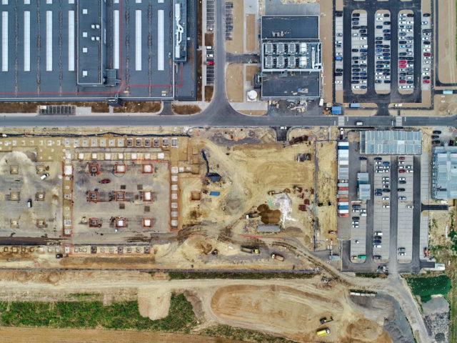 nawierzchnie-drogowe-roboty-ziemne-jawor-budowa-fabryki-mercedesa_03-640x480