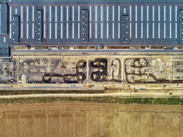nawierzchnie-drogowe-roboty-ziemne-jawor-budowa-fabryki-mercedesa_13-640x480