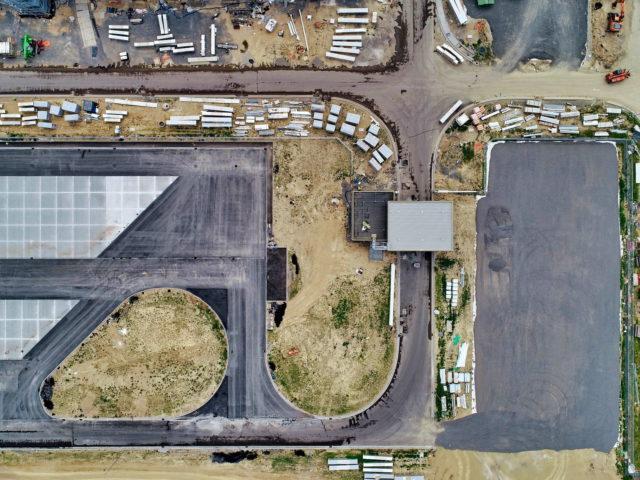 nawierzchnie-drogowe-roboty-ziemne-jawor-budowa-fabryki-mercedesa_15-640x480